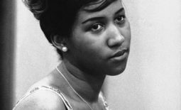 Queen of Soul and Greatest singer of all time Aretha Franklin pumanaw na sa gulang na 76